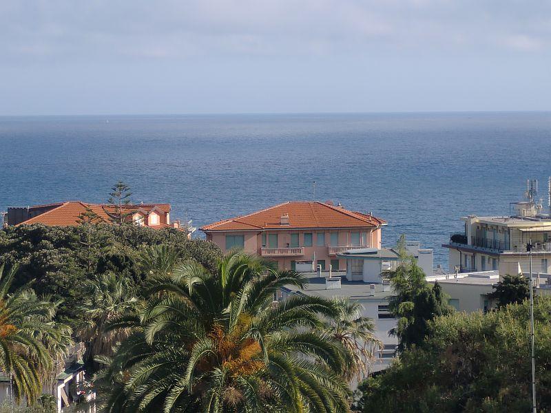 Sanremo (IM) Appartamento vista mare 185 mq in Villa Baronale
