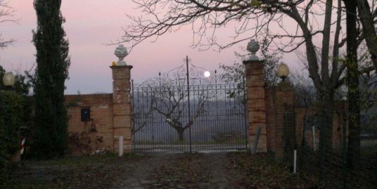 Odalengo Piccolo (AL) Resort/Tenuta Monferrato in vendita