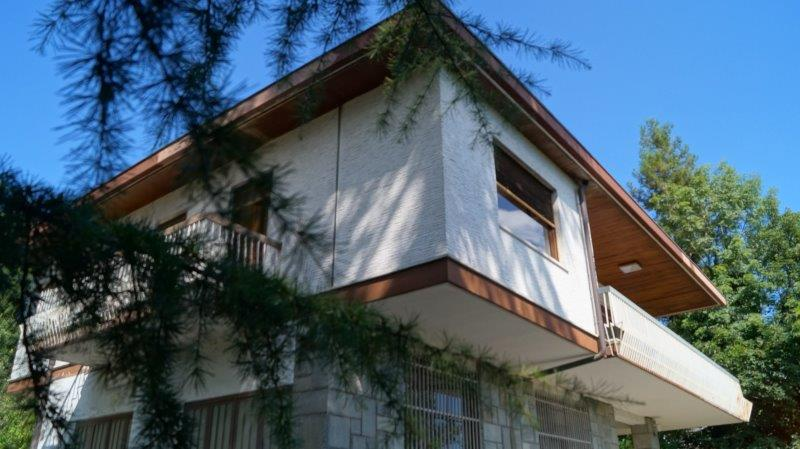 Turin – Villa Sassi area 400 sq m + private garden of 2750 sq m