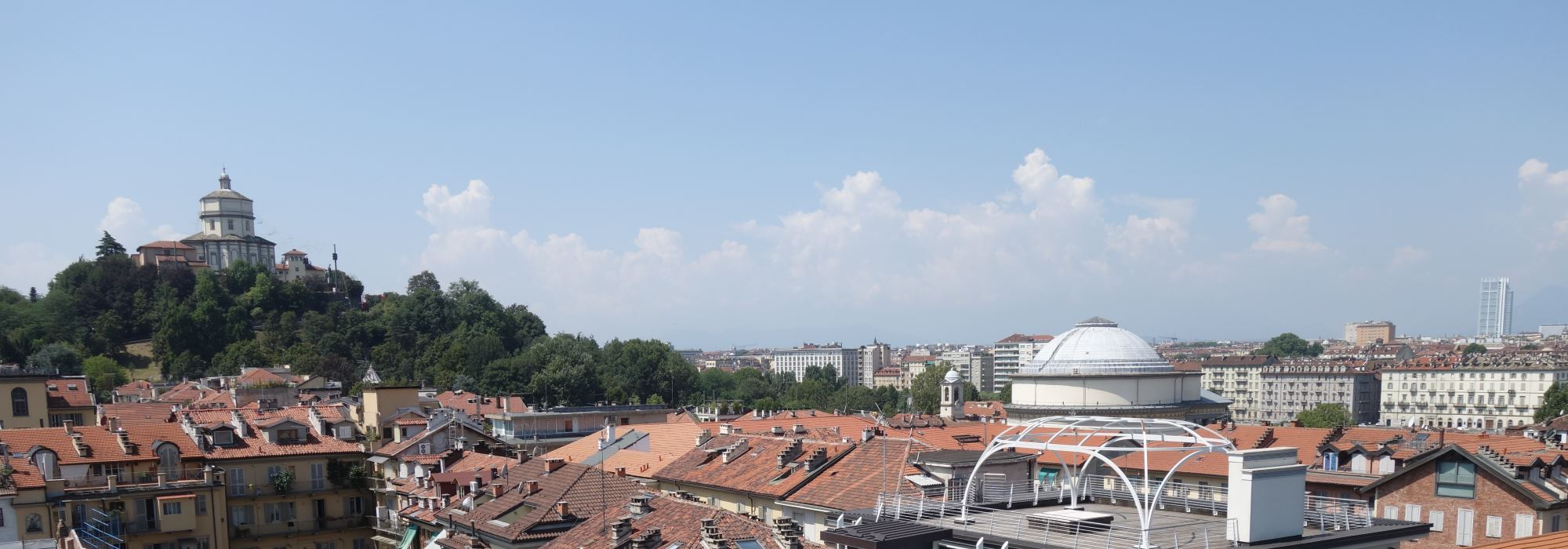 Penthouse for sale of 320 sq m with wide terraces in Gran Madre – Turin