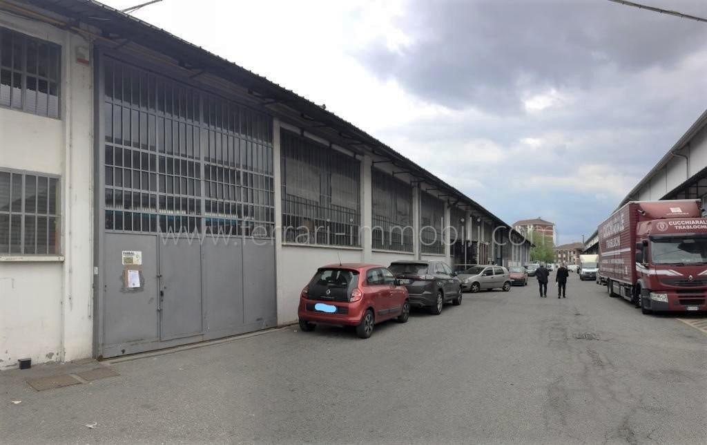 Capannone in affitto in via Sansovino, 225, Torino