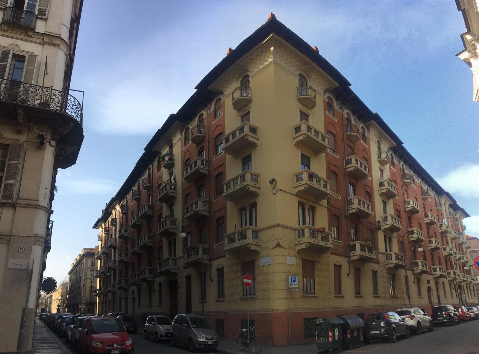 Appartamento bilivello Torino centro