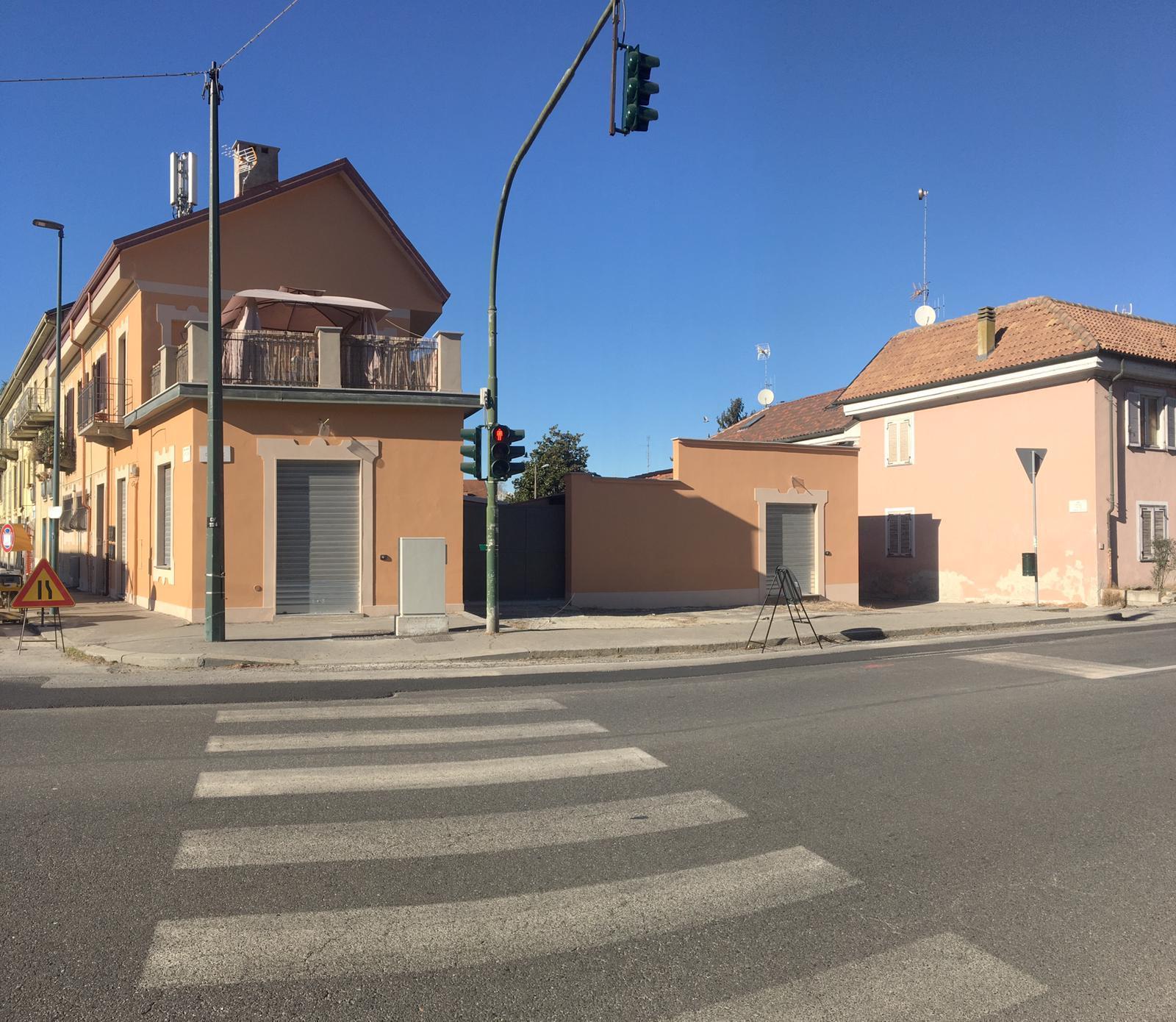 Nuovo locale commerciale zona Sassi