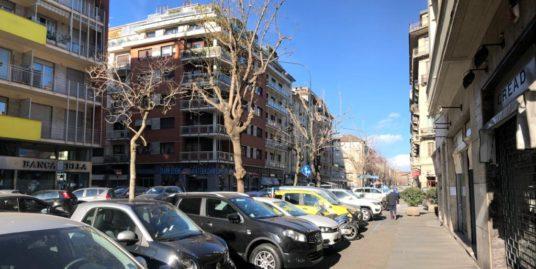 Locale commerciale in zona Crocetta